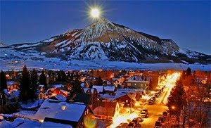 crested butte real estate presents CB night time